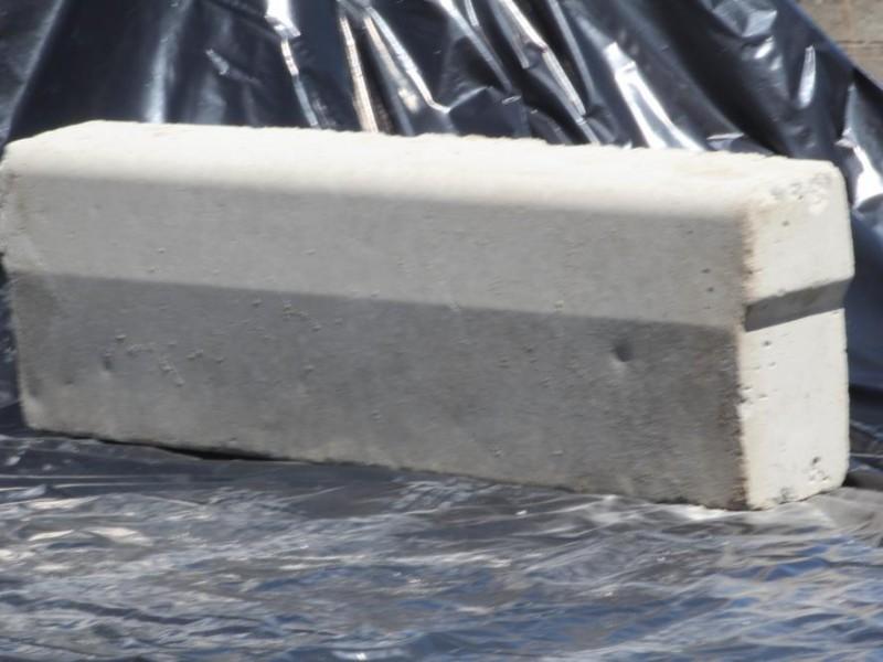 Guias de Concreto - Manzano